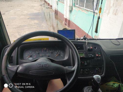 青岛解放其他车系 载货车  190匹 2013年09月 6x2