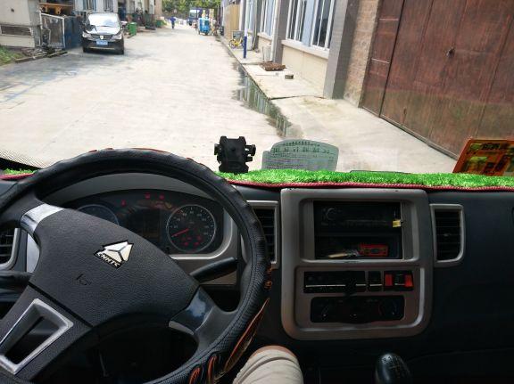 中国重汽HOWO 载货车  105匹 2016年03月 4x2
