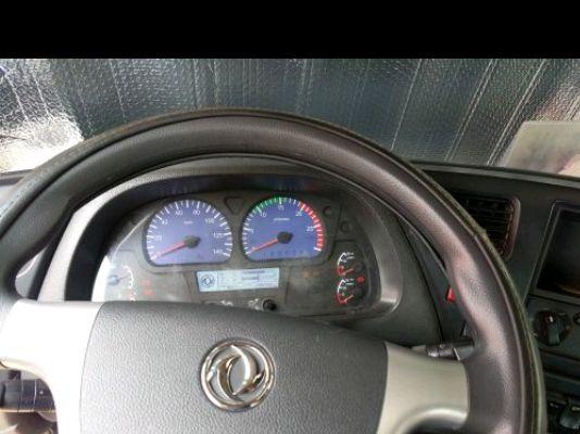 东风天龙 牵引车  375匹 2011年09月 6x4